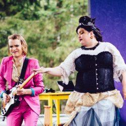 Elbe Nissisen elämäntarina Teatteri Saagan kantaesityksenä